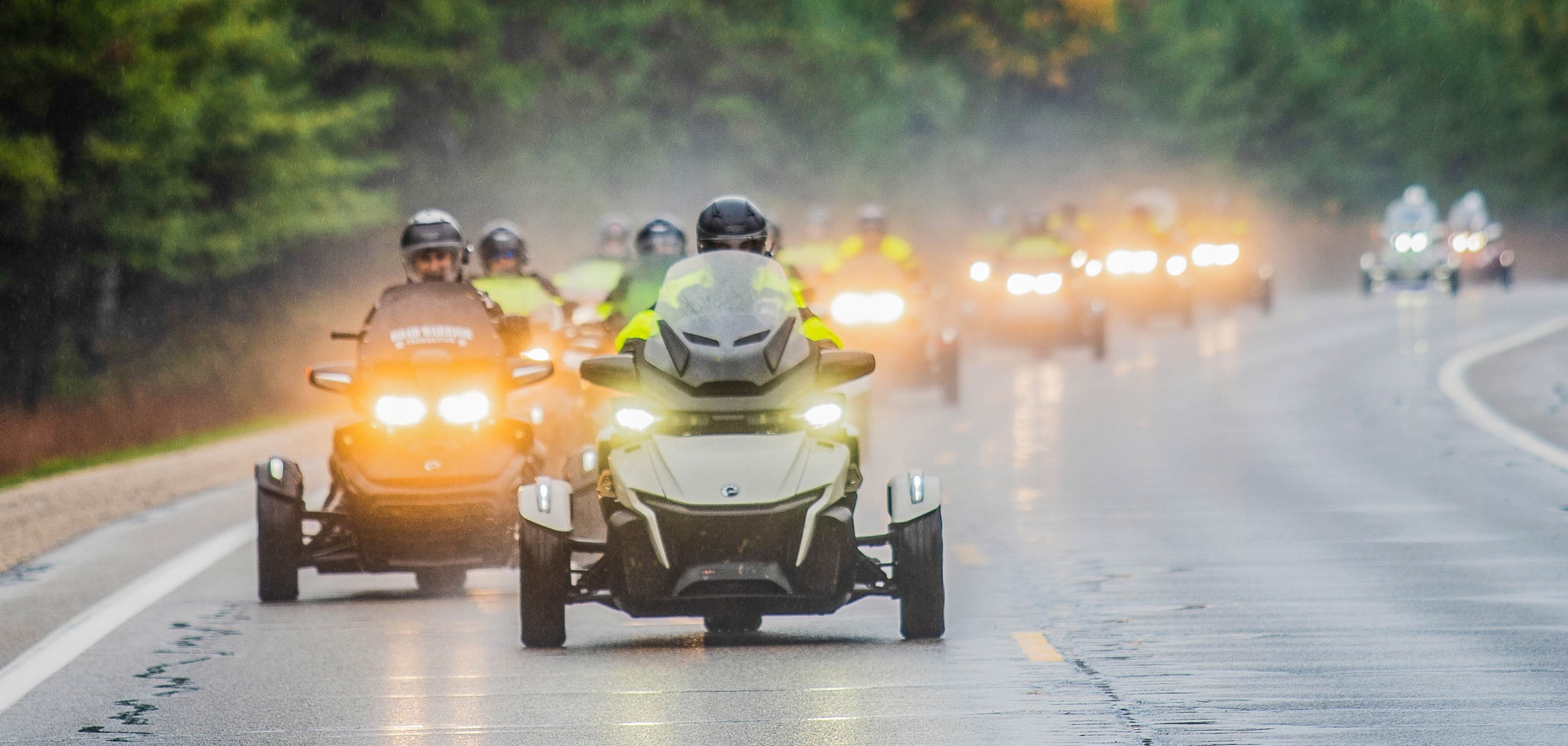 Can-Am Spyder 10th Anniversary Alt
