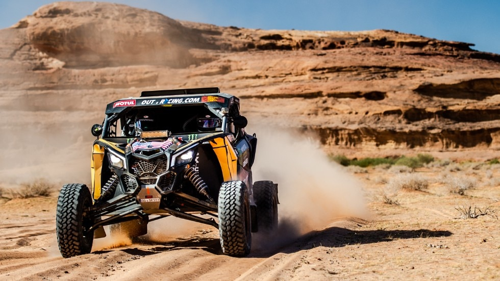 CASEY CURRIE OF MONSTER ENERGY CAN-AM TEAM IS WINNING THE SSV CATEGORY AT DAKAR RALLY 2020!