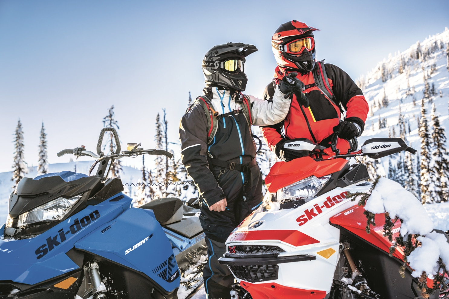SKI-DOO MAINTAINS FOCUS ON CUTTING-EDGE INNOVATION AND WOWS THE CROWD AT CLUB BRP