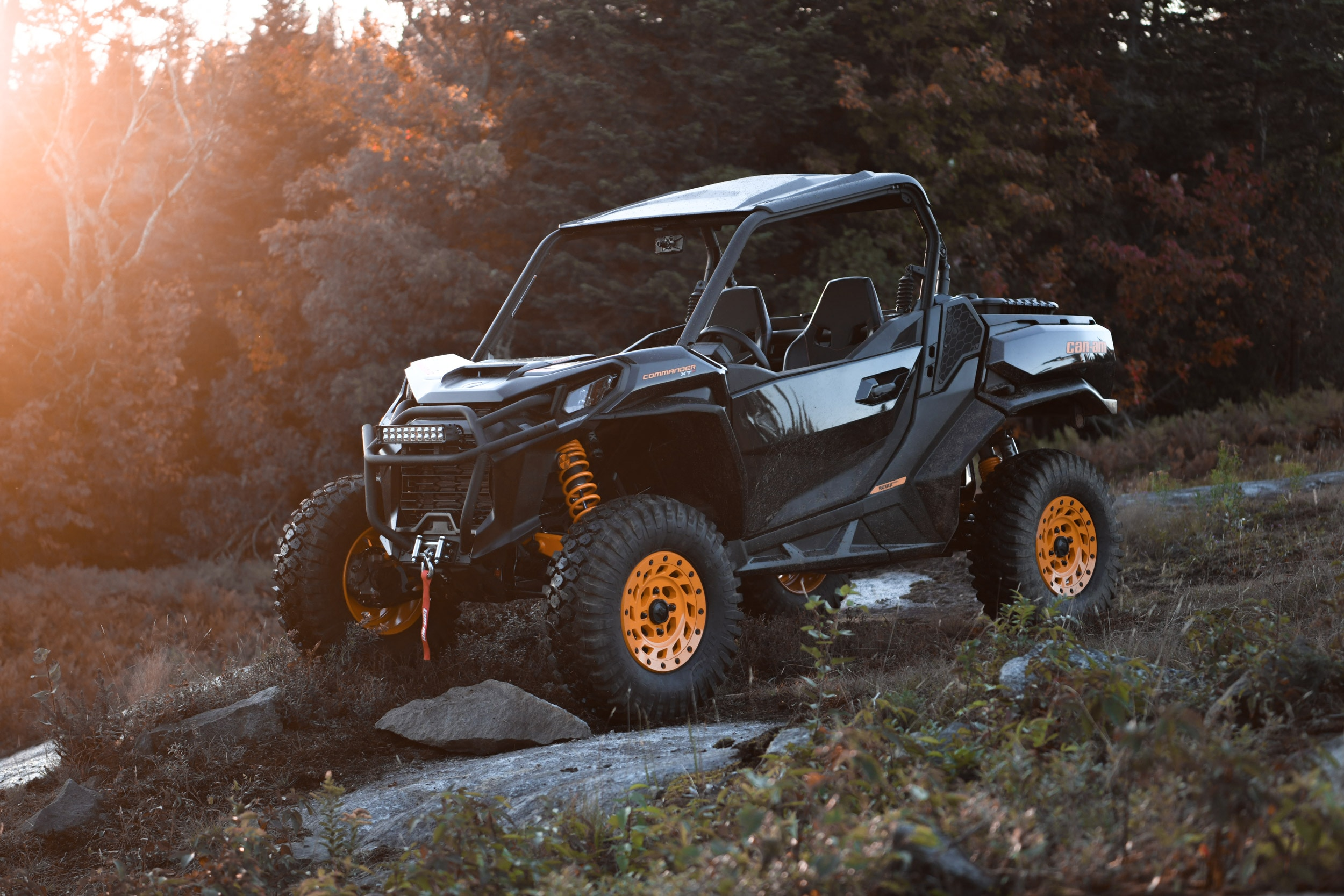 Can-Am Off-Road Commander 2021 Side by side vehicle cottage, trail, work, play