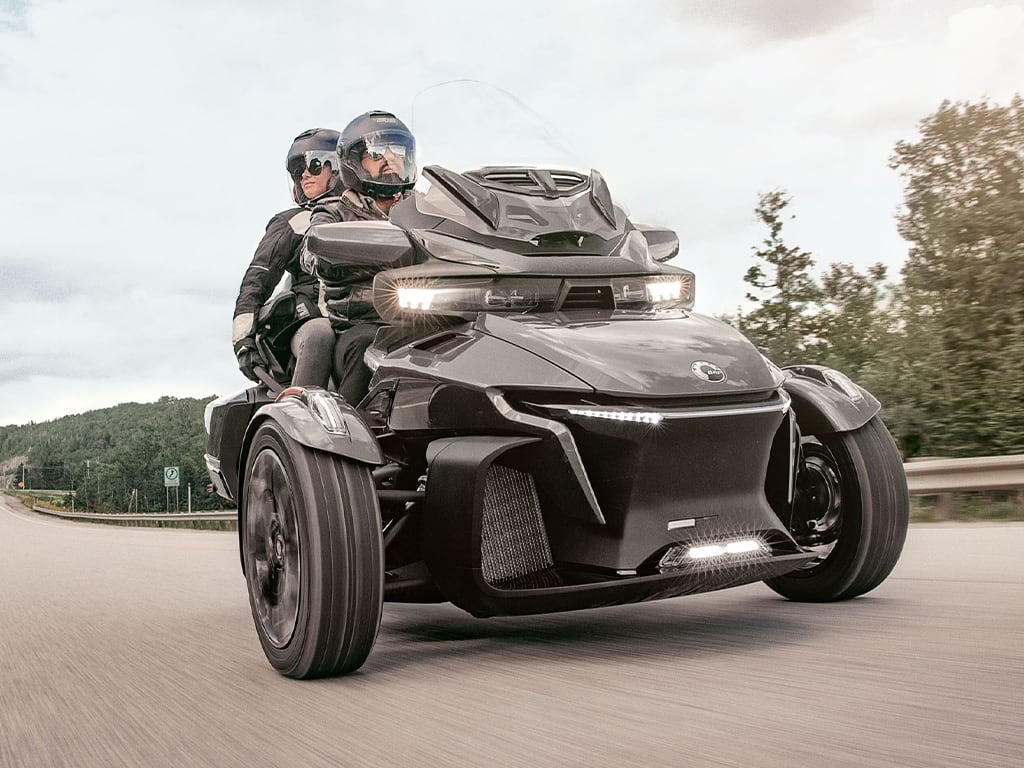 Two riders on their Can-Am Spyder RT