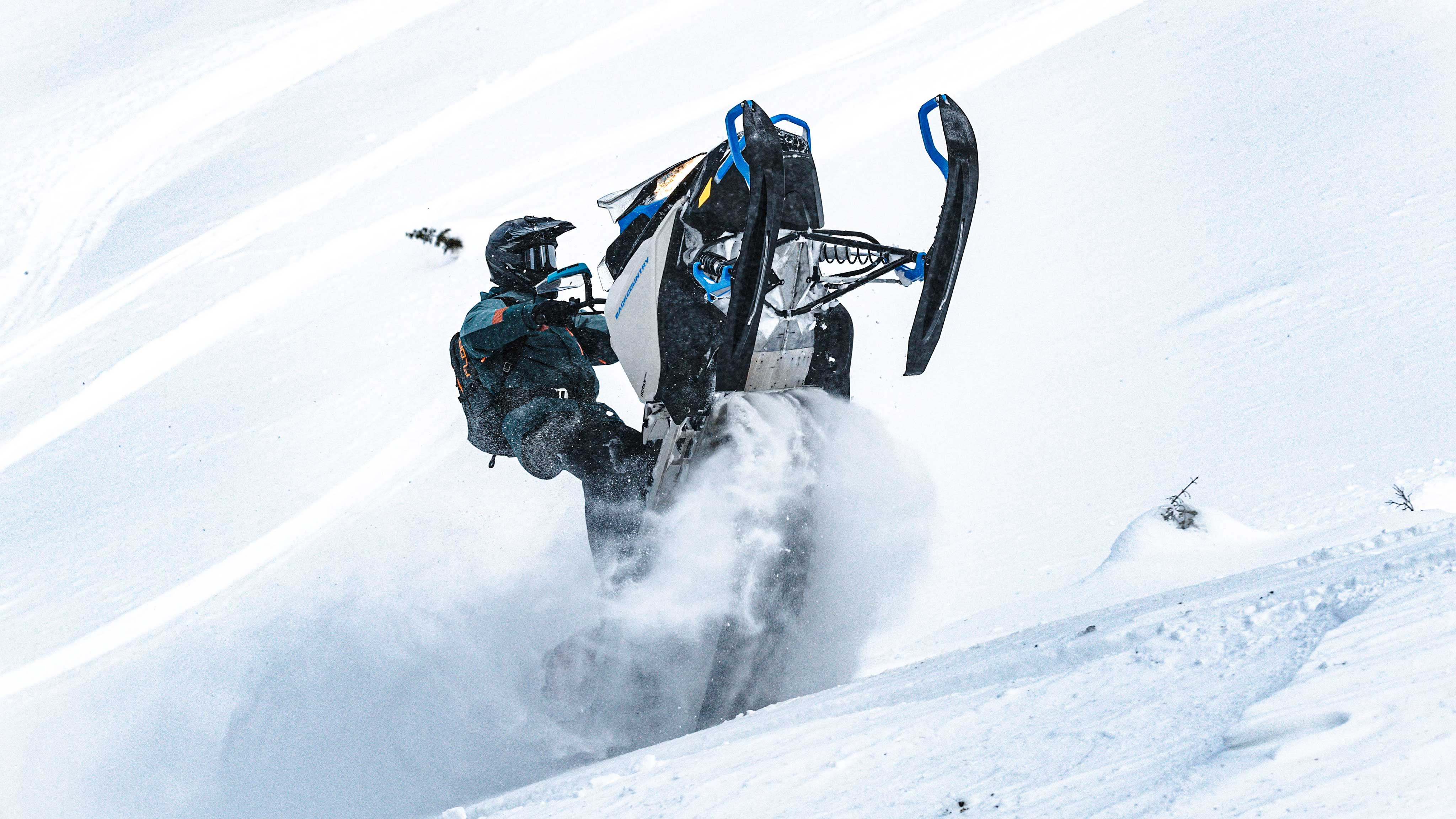 2022 Ski-Doo Backcountry: wheelies in Deep-Snow